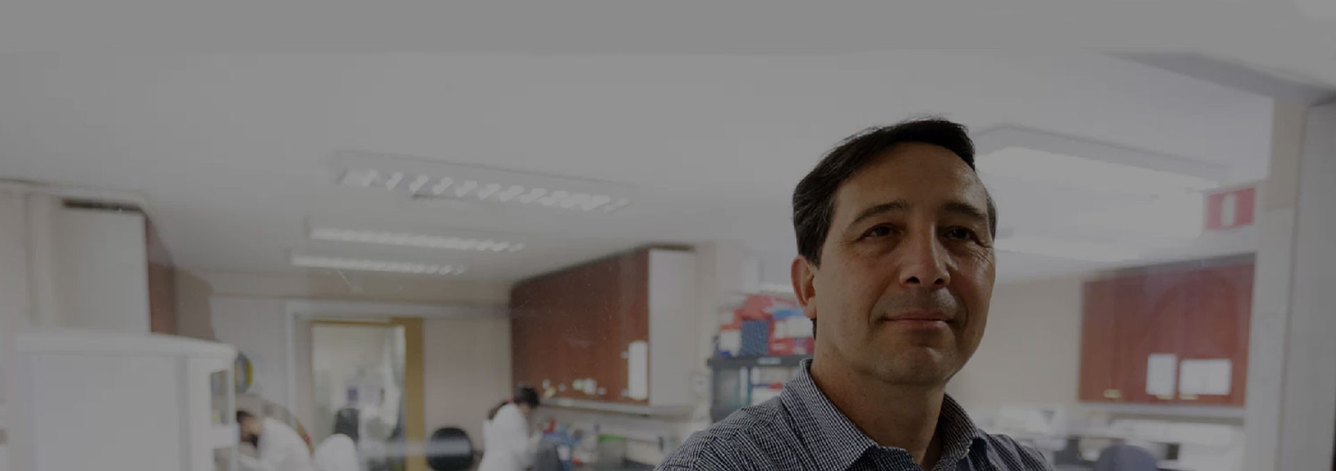 Inmunologist created a vaccine that fights virus that causes pneumonia