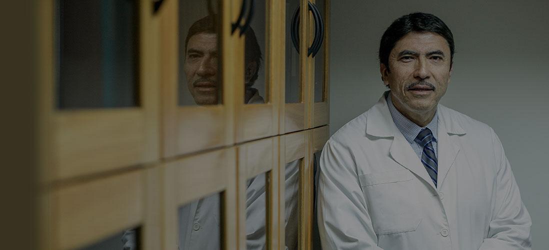 Dr. Carlos Fardella